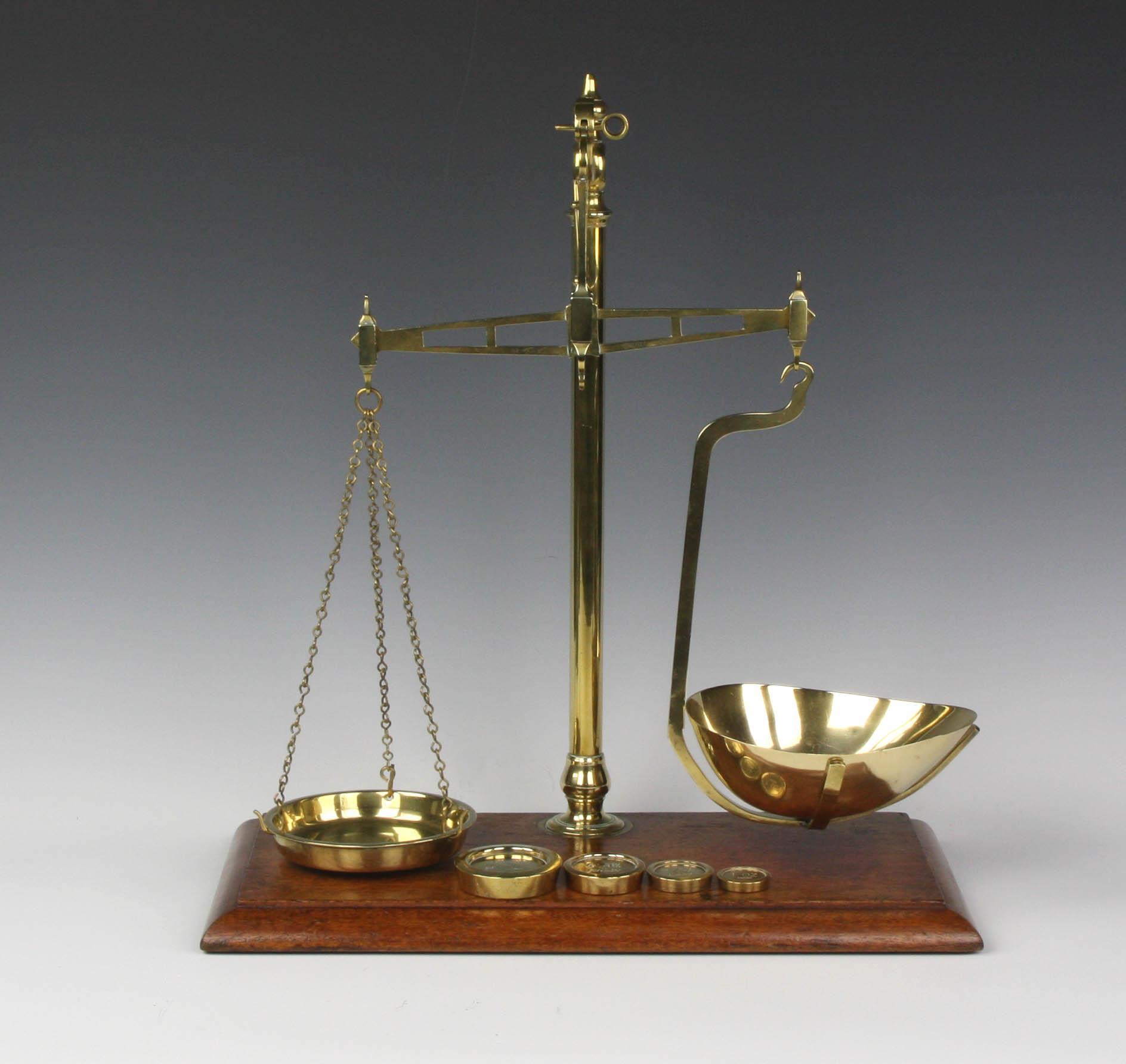 pan balance scale - photo #4