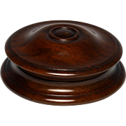 Circa 1830 Finely Turned English Mahogany Snuff Box