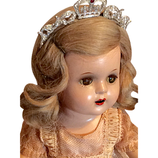 Beautiful Madame Alexander Princess Elizabeth