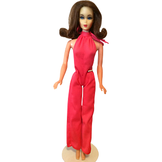 Vintage TNT Barbie with Mod Hair and Great Face!