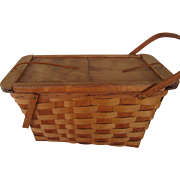 Large Putney, Vermont Picnic Basket  With Plates and Utensils