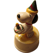 Snoopy Happy Birthday Music Box 1966 United Feature Syndicate