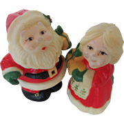 Hallmark Vintage Santa & Mrs Claus Salt and Pepper Shakers