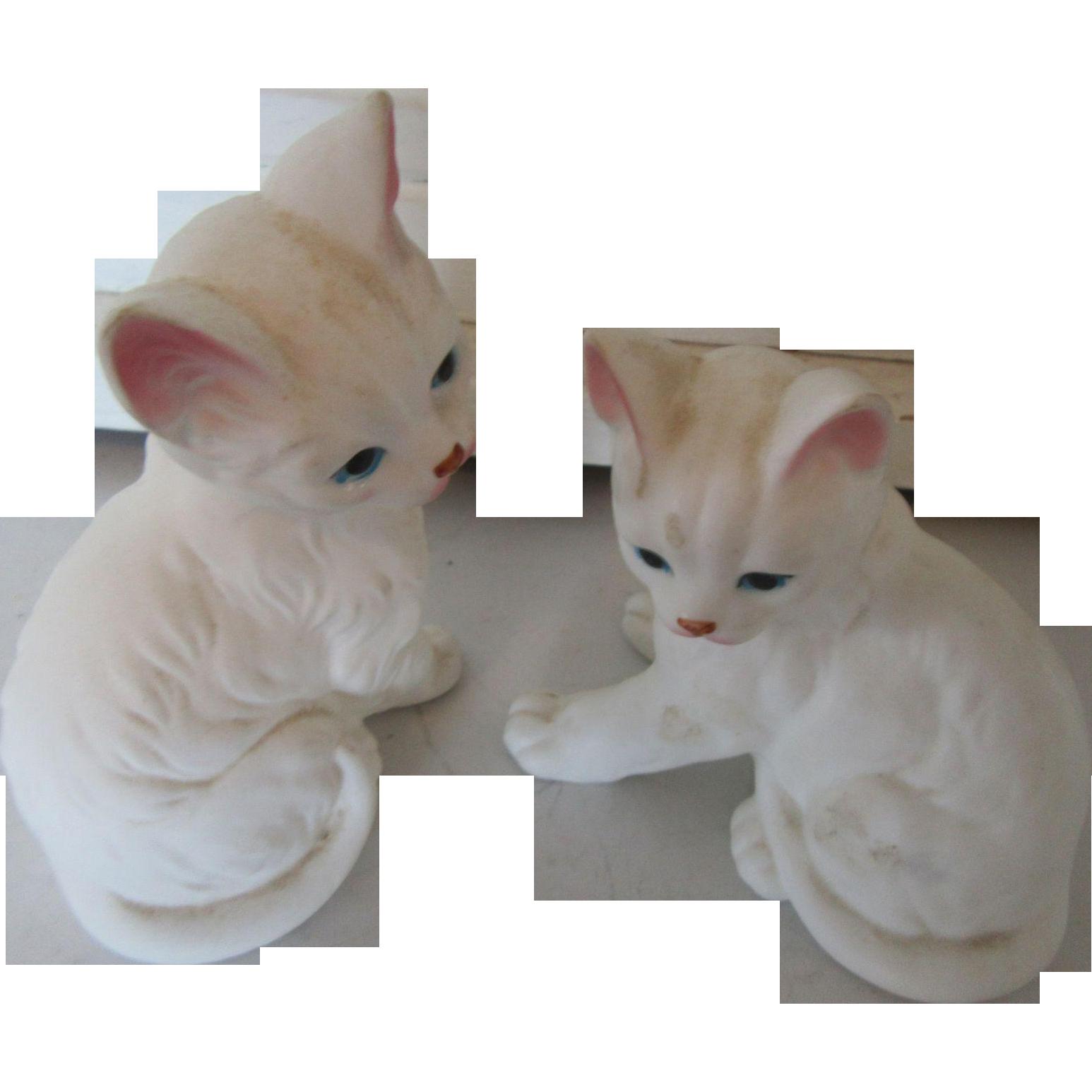 Enesco White Persian Cats Taiwan