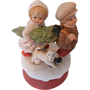 "Vintage Music Box ""O Christmas Tree"" Darling Children"