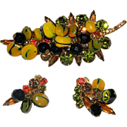 JULIANA  Carmen Miranda Demi Vintage D&E Nugget Bead Dangle Leaf Brooch and Earrings.  BOOK PIECE!