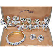1967 Trifari Pet Series.....A TRULY COMPLETE SET/Trifari Presentation Box Included ****IMPOSSIBLE TO FIND & RARE Pet Series Hinged Bracelet****