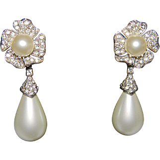 Vintage DONALD STANNARD Faux Pearl Tear Drop and Ice Rhinestone Convertible Clip On Earrings
