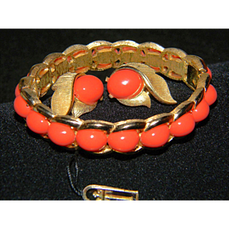 TRIFARI Vintage Signed Faux Coral Lucite Cabochon Gold Tone Hinged Clamper Bracelet and Matching Clip On Earrings...... Original Paper Hang Tag!