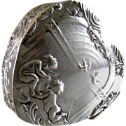 Antique Hanau 800 Silver Pill Box c.1900 Cherubs on Heart Shape