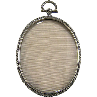 Sterling Silver Repousse Picture Frame c.1900 Antique Locket Style Photo Frame