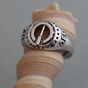 "Men's Sterling Silver Ring ""On"" ""Off"""