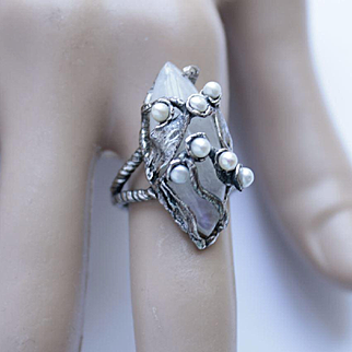 Ring Sterling Silver   Moonstone Pearls