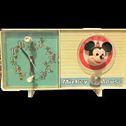 General Electric Disney Mickey Mouse GE vintage radio clock electric works!