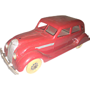 Kingsbury Chrysler Airflow Red sedan 1930's Pressed steel Car