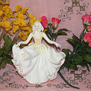 Super Royal Doulton Sweet Seventeen figurine HN 2734 lady