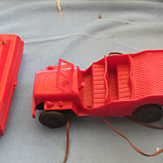 Vintage Andy Gard Red battery operated jeep  plastic nice!