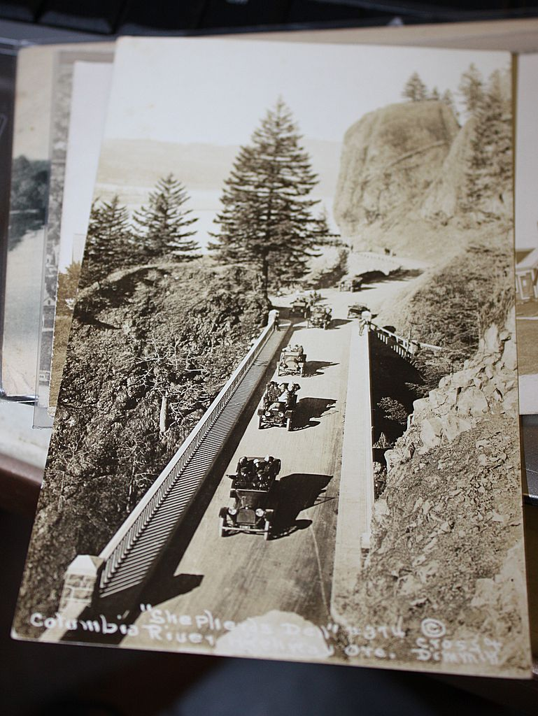 Shepherds dell Columbia River Oregon cars real photo postcard