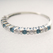 Vtg  Blue and White Diamond Stackable Wedding Band Ring