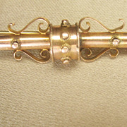 Antique Victorian 10 kt Gold Pin