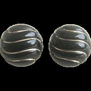Vintage 14kt Black Onyx Earrings