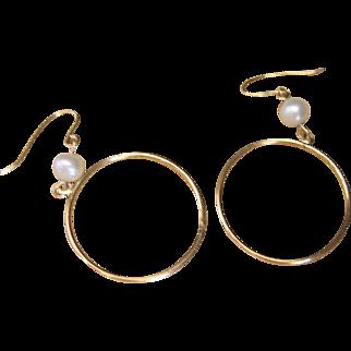 Vintage 14kt Gold Cultured Pearl Hoop Earrings