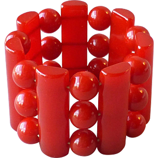 Fab Vintage Cherry Red Bakelite Wide Stretch Bracelet