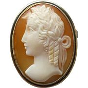 Small Vintage Shell Cameo Pin Brooch or Pendant in 800 Silver Gilt Vermeil Frame