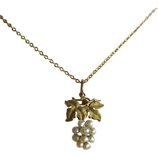 Petite Vintage 10k Yellow Gold Freshwater River Pearl Small Grapes Bunch Pendant on Chain Necklace