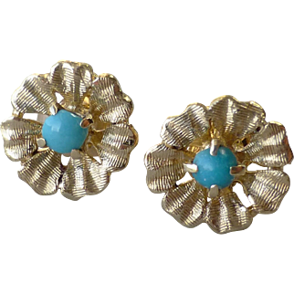 Pretty 14k Yellow Gold and Turquoise Cabochon Little Flower Stud Earrings