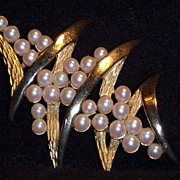 "Exquisite, Tres Chic  ""Coro"" Faux Pearl Brooch"