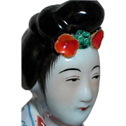 Chinese Famille Rose Porcelain Figurine Women with flowers in Hair