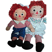 Vintage Knickerbocker Raggedy Ann and Raggedy Andy  Great Condition and Bright Colors