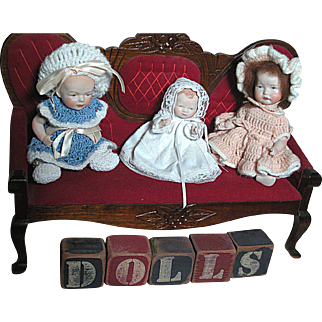 Vintage Wood & Cloth Love Seat with Three Small All Bisque Dolls &  Blocks