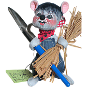 Annalee Farmer Mouse Wrist tag  with Shovel & bundle of Straw