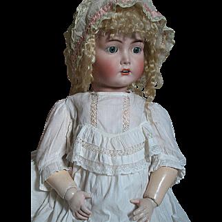 Kammer Reinhardt Bisque Head  Doll Mein Liebling 117n  Original Outfit