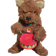 Vintage Carl Original Small Bear Made in Germany Wind Up Bear Beats a Drum  Works
