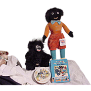 A grouping of Golliwog Items