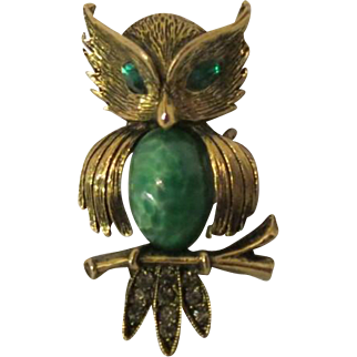 Vintage 1940s costume Jewelry Owl Brooch