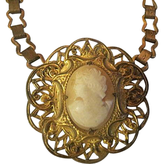 Antique Victorian Book link Chain Shell Cameo Necklace