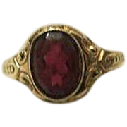 Antique Victorian 10k Gold victorian red ruby glass Ring