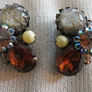 Vintage Carnegie signed cluster earrings Womens designer  jewelry