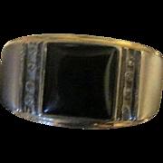 Vintage men's 10k  white gold Black Onyx Cabochon and 8 Diamond Ring