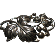 Vintage Dane Craft Early sterling silver Brooch w/ Grapes Large