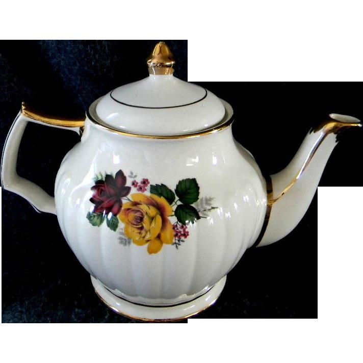 Beautiful yellow rose sadler tea pot caroline lucy 39 s - Set de table transparent ...