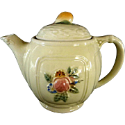 Lovely Porcelier 4 Cup Teapot