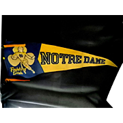 1940's Vintage Notre Dame Football Pennent