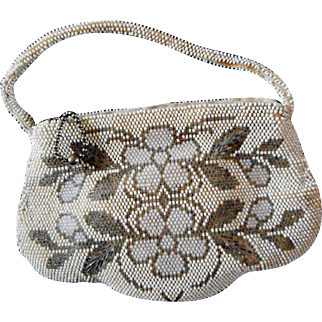 Small White Beaded Purse