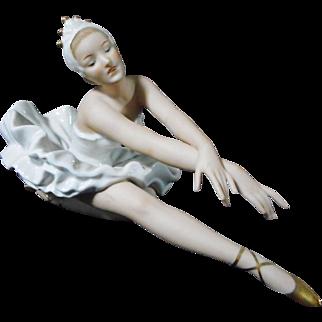 German Wallendorf Porcelain Ballerina