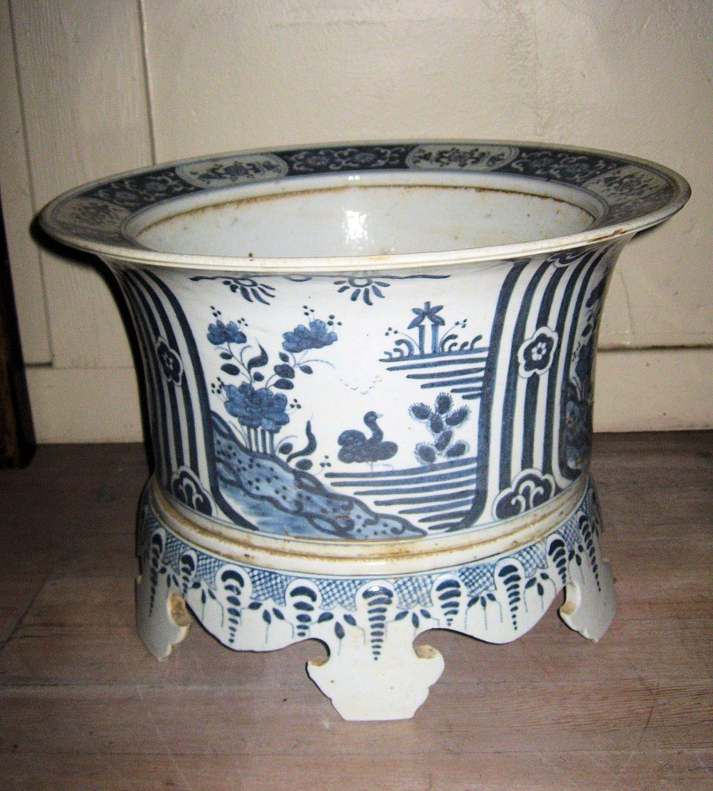 Chinese Blue and White Ceramic Planter